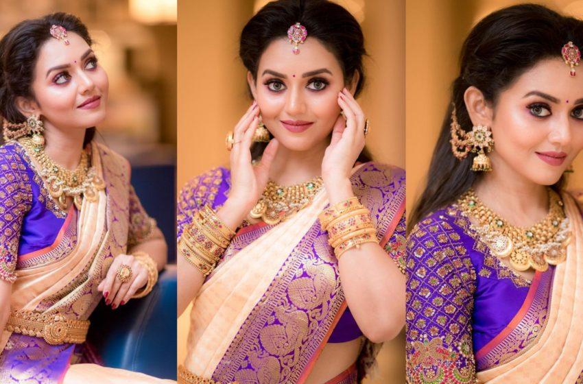 Actress #VidhyaPradeep Traditional Look 😍