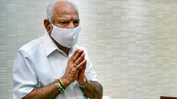 முதல்வர் பதவியை அழுகையுடன் ராஜினாமா செய்த எடியூரப்பா..
