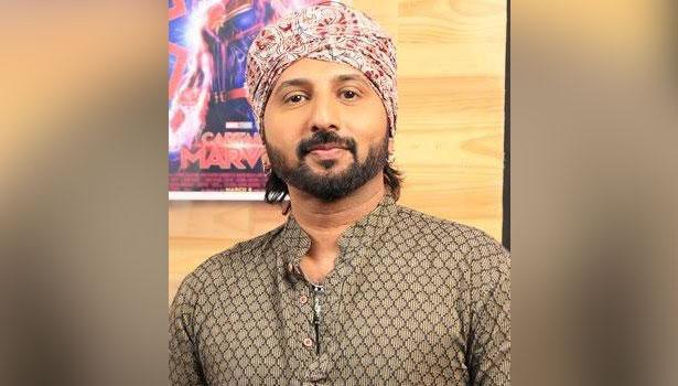 பிரபல டிவி தொகுப்பாளரும், நடிகருமான ஆனந்த கண்ணன் திடீர் மரணம்!