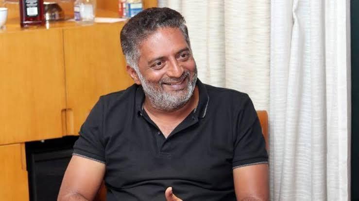 ஆப்பரேஷன் சக்ஸஸ்… கட்டுடன் செல்ஃபி வெளியிட்ட பிரகாஷ் ராஜ்!