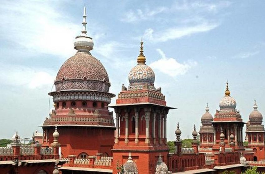 #Madras High Court: It has directed Inspector General of Registration (IGR) to inspect Registered Societies including recreation clubs!!