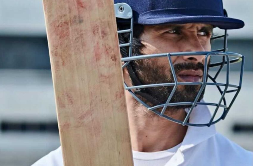 #Bollywood actor Shahid Kapoor opened up about his much-awaited movie 'Jersey' release date!!