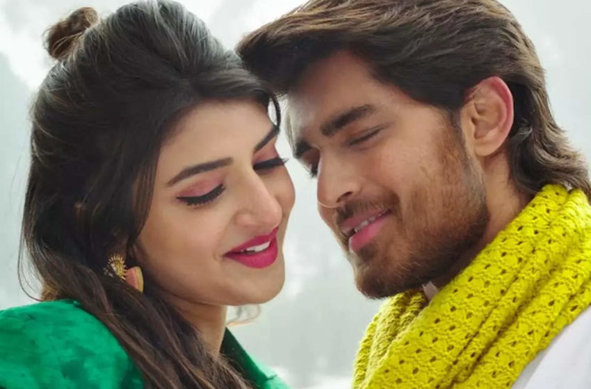 The Teaser of 'Pelli SandaD' is out: Unconventional Romance on cards between Rhoshann-Sreeleela!!!
