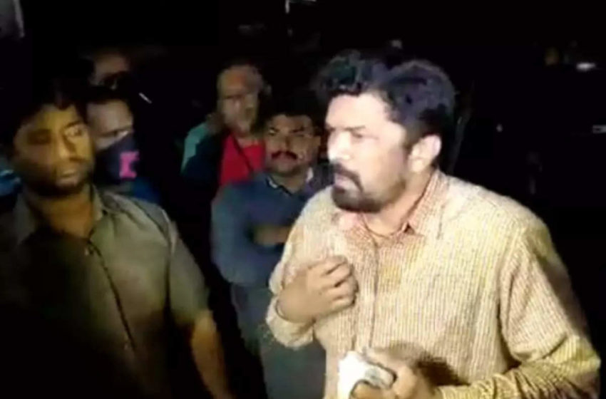 # 'Pawan Kalyan' fans association filed complaint against 'Posani Krishna Murali' in the Punjagutta Police Station!!
