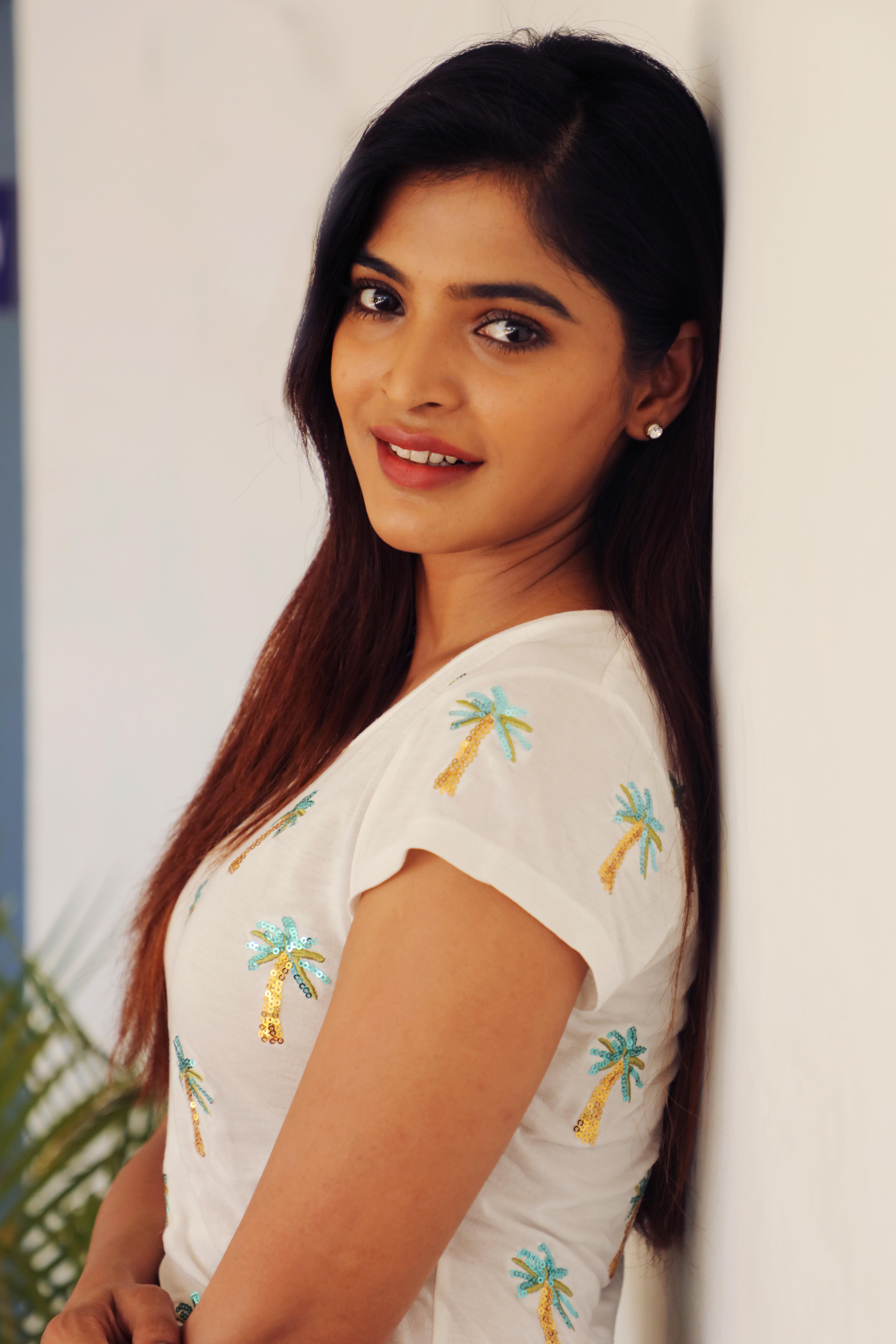 Actress Sanchita Shetty latest stills